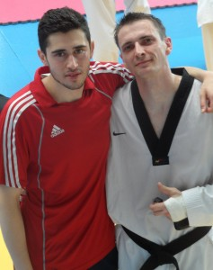 Deutsche Hochschulmeisterschaften im Taekwondo 2015 - Bericht für die Uni Erlangen-Nürnberg - Bild Erol Yorulmaz (links) und Kay Dröge (HS Berlin)